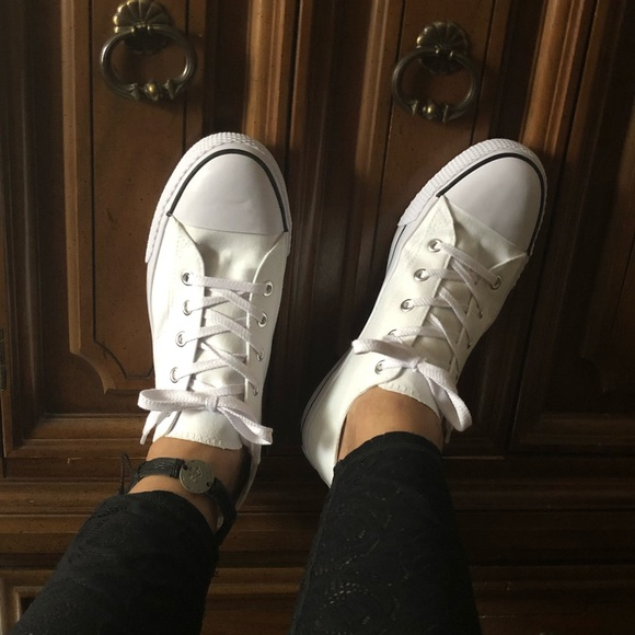 Airwalk Shoes - New White Casual Sneakers